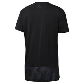 Camiseta Training Essentials Knit Woven image